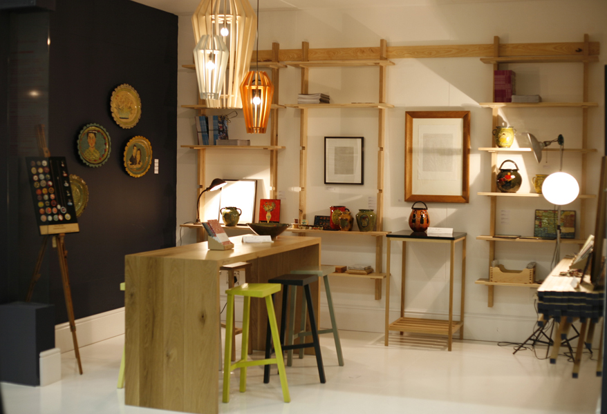 http://jamesmudge.com/files/gimgs/1_decorex-stand.jpg